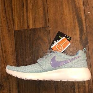 Nike running shoes Nike training shoe